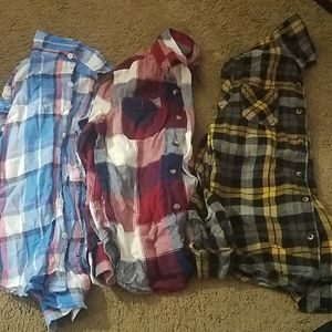 Lot of 3 flannels